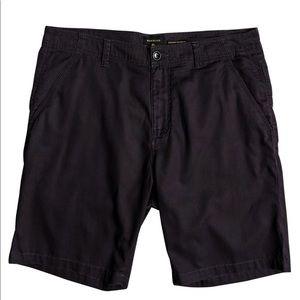 Quiksilver men's minor short straight fit 🎣